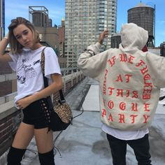 Epic 50+ Best Sarah Snyder Style https://fashiotopia.com/2017/04/29/50-best-sarah-snyder-style/ Their pals love them together. Sorry, LOVE isn't a word that springs to mind. You're in love by means of your man.