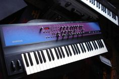 Ensoniq Fizmo Realtime Transwave Synthesizer ~ created 1998, one after Ensoniq was acquired by EMU ~ only Ensonic with Pots and a not grey design ~ 2 oscillators could be filled with 48 multilayered Samples organized in Waveform Sets, each one routed to its own filter and tormented with a very flexible but hardwired mod matrix ~ 6x to 24x polyphonic but with a frightening small 4 digit LED display to control a mighty sound engine    #electronicmusic #synthesizer #instruments #electroacoustic…