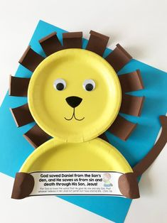 Daniel and the Lions' Den Lion Paper Plate Craft with FREE printable! - Daniel and the Lions' Den Lion Paper Plate Craft with FREE printable! Bible Activities For Kids, Bible Crafts For Kids, Preschool Bible, Bible Lessons For Kids, Preschool Crafts, Vbs Crafts, Primary Lessons, Craft Activities, Toddler Sunday School