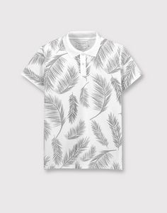 Choose your country and language to visit the PULL&BEAR website in your region. Printed Polo Shirts, Polo T Shirts, Floral Print Shirt, Floral Tees, Gucci Polo Shirt, Camisa Floral, Stylish Hoodies, T Shirt Painting, Half Shirts