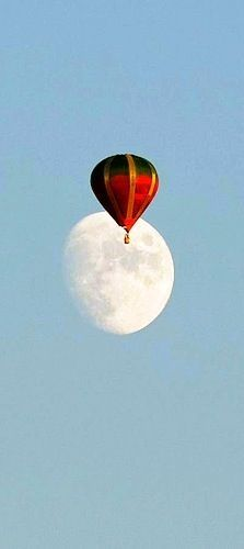 Hot Air Balloon - Over the Moon! Air Ballon, Hot Air Balloon, Moon Balloon, Over The Moon, Stars And Moon, You Are My Moon, Le Vent Se Leve, Shoot The Moon, Three Rivers