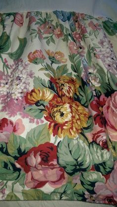 Ralph Lauren Allison Cottage Floral Bed Skirt Bedskirt King Size #RalphLaurenMadeInUSA #CountryCottageFarmhousePrairie