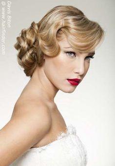 Con alguna onda en el pelo y los labios en rabioso rojo parecerás una estrella de Hollywood