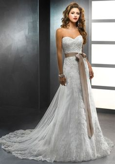 Celeste by Sottero And Midgley // Lace A-Line dress with sweetheart neckline and natural waist