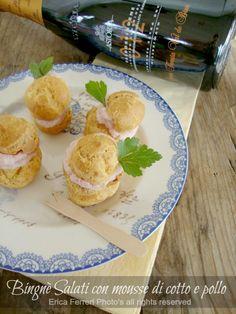Bignè ripieni con mousse di pollo e prosciutto cotto - Profiteroles stuffed with chicken mousse and ham