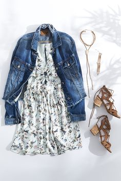 Mix feminine florals with soft pastels for the perfect spring weekend look.