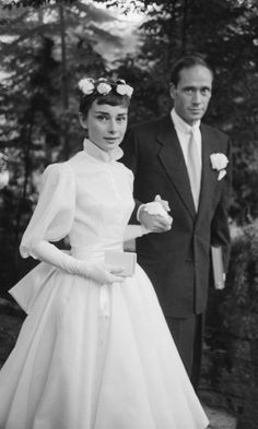 Meghan Markle's Givenchy Wedding Dress Looks Like Audrey Hepburn - Meghan Markle Channels Audrey Hepburn in Givenchy Wedding Dress