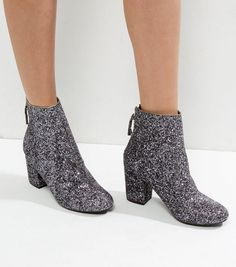 Bottines argentées à paillettes et talons block   New Look Bottines  Argentées, Talons, Boots 84837108f8dc