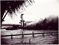 Learn about the history of Pearl Harbor with these historic photos of the USS Arizona Battleship Pearl Harbour Attack, Pearl Harbor History, Remember Pearl Harbor, Uss Arizona Memorial, Train Layouts, Battleship, Historical Photos, World War Ii, Wwii
