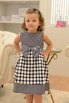Moda Infantil Meninas 2019 24 Best Ideas Source by gianinaorbe Dresses Baby Girl Fashion, Toddler Fashion, Kids Fashion, Kids Dress Wear, Dresses Kids Girl, Toddler Dress, Baby Dress, Little Girl Outfits, Kids Outfits