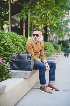 """The swift winds of fall are moving in to New York City.  - Monokel """"Barstow"""" Cola sunglasses & Rachel Comey leather """"Jerome"""" oxfords in Whiskey.   Justin Livingston   Scout Sixteen"""