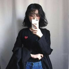 ulzzang, girl, and asian image Korean Street Fashion, Korea Fashion, Asian Fashion, Girl Fashion, Hairstyles With Bangs, Trendy Hairstyles, Girl Hairstyles, Japanese Hairstyles, Korean Hairstyles