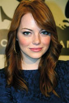 Emma Stone pictures and photos Emma Stone Zombieland, Blond, Ema Stone, Women With Freckles, Beautiful People, Beautiful Women, Stone Pictures, Gorgeous Redhead, Beautiful Actresses