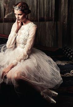 "Fairytale fashion fantasy / karen cox.  ♔ ""a pointe toremember"": alexina graham for mojeh magazine #11"