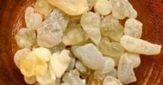 What is frankincense and how can it help with healing? Frankincense has been used for thousands of years as a natural medicine. Beauty Elixir, Face Tips, Holistic Healing, Beauty Recipe, Natural Medicine, Face Care, Herbal Remedies, Face And Body, Natural Health