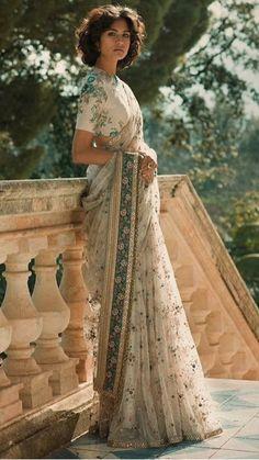 Sabyasachi Modern Indian Sari Press VISIT link above for more options Saree Draping Styles, Saree Styles, Drape Sarees, Indian Attire, Indian Ethnic Wear, India Fashion, Asian Fashion, Europe Fashion, Fashion Wear