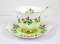Royal Albert Bone China Tea Cup and Saucer Set 1950's Green & White Pink Roses