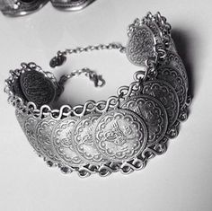 2006 Bohemian Ethnic Vintage Gypsy Style Tribal Silver Coin Bracelet Jewellery