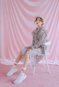 korea daily style #stylenanda2017 #ParkSora style Korean Fashion Trends, Korea Fashion, Asian Fashion, Runway Fashion, Girl Fashion, Fashion Outfits, Fashion Design, Fashion Terms, Daily Fashion