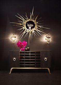 Sculptured gold tone