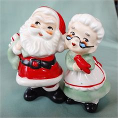 Vintage Lefton Santa and Mrs Claus Salt and Pepper Shakers