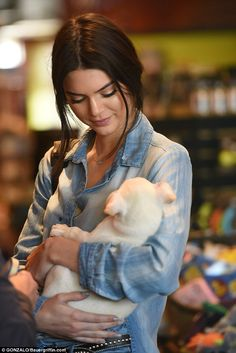 Kendall Jenner adopts pet pooch after falling for it instantly #dailymail