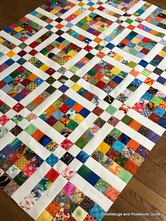 Doodlebugs and Rosebuds Quilts: 2 Scrappy Squares Scrappy Quilt Patterns, Batik Quilts, Patchwork Quilting, Scrappy Quilts, Easy Quilts, Bed Quilts, Crazy Patchwork, Applique Quilts, 16 Patch Quilt