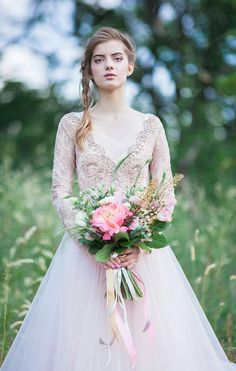 Blush tulle wedding gown //Orchidee Last Sample by CarouselFashion