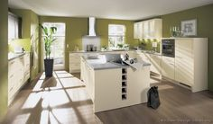 The Most incredible along with interesting kuche u form mit insel for home Best Kitchen Colors, Kitchen Wall Colors, Kitchen Decor, Kitchen Ideas, Kitchen Tips, Cream Kitchen Units, Green Kitchen, Antique White Cabinets, White Kitchen Cabinets