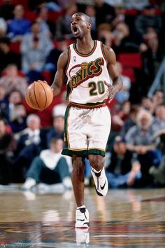 The glove Gary Payton, Starting Point Guard