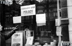 """Armoured Division in Moerdijk (Netherlands). Subtitles in Polish """"Thank you Poles"""" on shop windows. North Africa, World War Two, Family History, Division, Poland, Netherlands, Shop Windows, Soldiers, Britain"""