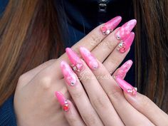 Pink hime gyaru nail art