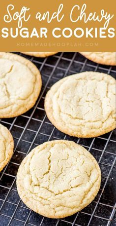 This simple soft sugar cookies recipe is really easy and makes the BEST soft, chewy sugar cookies. No chilling required and dairy free. Cookie Dough Vegan, Chewy Sugar Cookie Recipe, Homemade Sugar Cookies, Chocolate Chip Shortbread Cookies, Toffee Cookies, Easy Cookie Recipes, Yummy Cookies, Sugar Cookie Recipe No Baking Powder, Vanilla Cookies