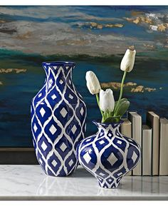 It's Monday, what is your plan to get your work week off to a great start? Have a fantastic day! Blue And White Vase, White Vases, Blue Vases, Pottery Painting Designs, Pottery Designs, Blue Pottery, Pottery Vase, Home Decor Vases, Painted Vases