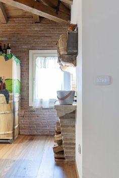 Vimar referenza a Venezia con la serie Arké esempio installazione domotica con i pulsanti in un particolare della cucina