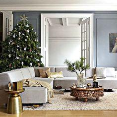 http://www.ireado.com/celebrate-your-christmas-day-with-modern-christmas-decor-ideas/ Celebrate Your Christmas Day With Modern Christmas Decor Ideas : Metallic Christmas Decor Modern Christmas Decor