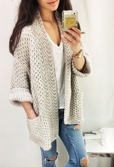 Oversized cardigan with boyfriend jeans and a tee