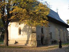 Manastirea Bogdana (cunoscuta si sub denumirea de Biserica Sfantul Ierarh Nicolae) se afla in municipiul Radauti, judetul Suceava.  Monument de arhitectura, biserica Sfantul Nicolae a fost zidita, de voievodul Bogdan Voda (1359-1365), ca multumire adusa lui Dumnezeu pentru izbanda in lupetele ce le-a purtat pentru a pune bazele unui stat liber si independent la rasarit de Carpati, in Tara Moldovei.