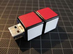 Rubik's USB Flash Drive