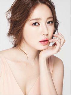 Yoon, Eun-Hye (K-actress) 맥 MAC_윤은혜_소프트 코랄 립