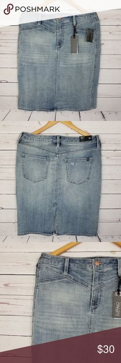 """Buffalo David Vitton Jean Skirt W30 Measurements were taken with clothes laying flat, and are approximate.  Measurement Length:22.5"""" New With Tags  Thank you for your interest, please check out our other items in our store. Have a great day! Buffalo David Bitton Skirts"""