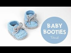 Adorable Crochet baby sneakers/baby shoes/baby booties crochet Pattern and video tutorial by Croby Patterns Crochet Baby Boots, Crochet Baby Sandals, Crochet For Boys, Crochet Shoes, Crochet Slippers, Free Crochet, Easy Crochet, Crochet Style, Beginner Crochet