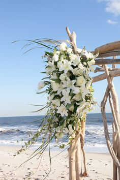 Beach Ceremony ~ Photography by jasonwalz.com, Floral Design by klenahandesigns.com