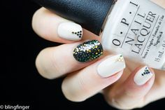 Multicolored Circe Glitters - Lady Queen Review  http://www.ladyqueen.com/1pc-multicolor-circle-nails-wheel-3d-nail-art-tips-shinning-sequin-slice-nail-decoration-3g-na0653.html