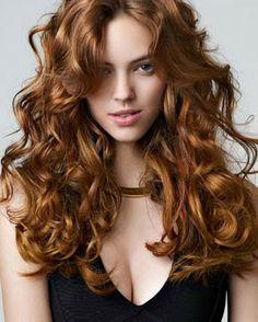Kadınlarda Saç Dökülmesini Önlemek