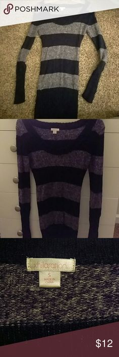 Striped sweater Super stretchy navy blue striped sweater. Great quality, will last forever and in great condition. Xhilaration Sweaters Crew & Scoop Necks