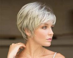 Short pixie Wigs For Women Ombre Blonde Dark Brown Wig Short wavy Wig Female Short Punk Hair, Short Hairstyles For Thick Hair, Short Wavy, Short Blonde, Curly Hair Styles, Short Pixie, Layered Pixie Cut, Wigs With Bangs, Trending Hairstyles