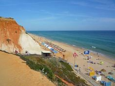 Praia da Falesia is one of the longest beaches in Portugal!
