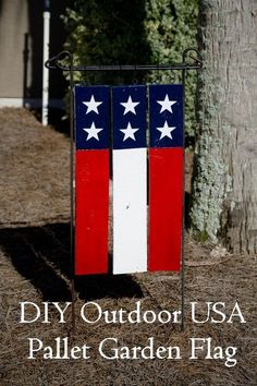 diy outdoor usa pallet garden flag, crafts, pallet, patriotic decor ideas, seasonal holiday decor #outdoorholidaydecorations