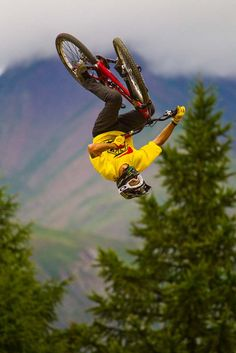 CRANKWORX LES 2 ALPES 2012 HIGHLIGHTS :: FMB World Tour